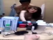 PORN SEX ONLINE ช่างกล้องแอบซั่มนางแบบในห้องทำผม ล๊อกห้องสัมพันธ์เสียวโยกเย็กหีโหพี่อิจฉาเลยฮะ