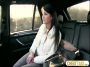 FAKE TAXI คลิปวีดีโอสุดโปรดโดนโชเฟอร์หลอกเย็ดโก่งค่ารถไม่มีก็ต้องยอมโดนเย็ดในรถ โดนโมกควยแล้วเด้าหีรัวๆ