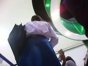 รวมคลิปแอบถ่ายใต้กระโปรง นักเรียน นักศึกษา พนักงานสาวสวย โดนกันหมดเลยพวกใส่สั้นๆ