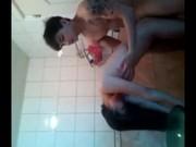 คลิปหลุดจากทางบ้าน คู่รักวัยรุ่นแต่ไม่ได้มุงเรียน Thailand sex school เอากันเสียบเสียวท่าหมาขนาดในห้องน้ำก็ไม่เว้นเสียงไทยระดับ HD