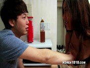 Korean Girl มาหาเพื่อนสุดหล่อที่ห้อง เอามือมันมาจับนมแล้วบอกให้เย็ดฟรีเอาไหม เอาสิรออะไรหละ