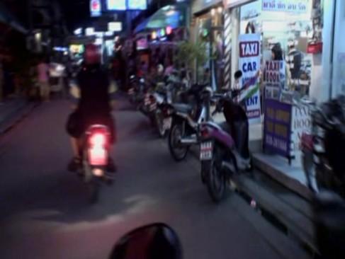 รวมแผ่นซีดีหนังXไทย จัดทำโดยทีมงานอเมริกา มาเที่ยวโสเภณี พัทยา มีทั้งแตกคาปาก คาหี ครบครัน