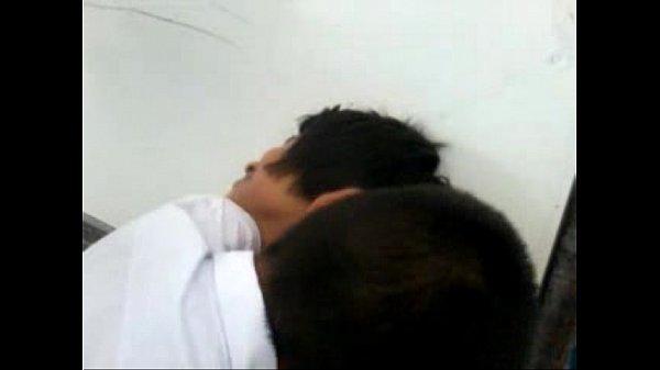 คลิบหลุดเด็กนักเรียนเมืองลพบุรี เปิดนมเนตรนารีดูดในห้องแม่งเงี่ยนกันจริงๆ