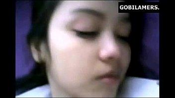 หลุดนักศึกษาไทยแท้แท้ xxxนอนแหกหีกว้างมากซอยมันส์ถึงใจ หลับตาพริ้มเพราะควยถูเม็ดเสียวมาก